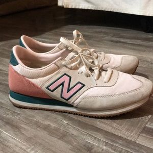 New balance Pink and teal sneaker